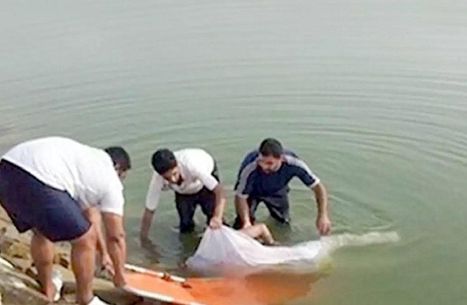 مصرع مسن غرقا في مياه البحر المتوسط وإنقاذ آخر بالبرلس