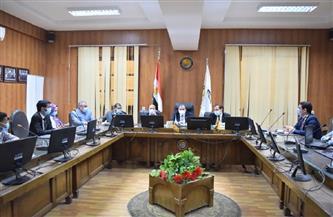 رئيس جامعة بني سويف يفتتح فعاليات سيمنار مسابقة حاضنات المتفوقين | صور