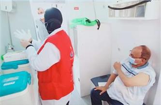 بدء تطعيم كبار السن وأصحاب المعاشات بلقاح «كورونا» في رأس غارب| صور