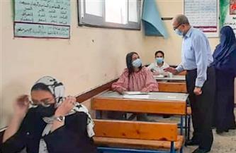 وكيل تعليم بورسعيد يتفقد الامتحان الأخير للشهادة الإعدادية |صور