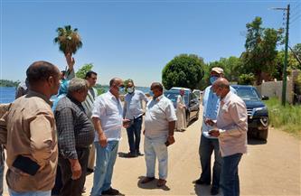 سكرتير محافظة الأقصر يتفقد المناطق المحرومة من الصرف الصحي | صور