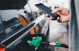 لماذا يُمنع استخدام الهواتف المحمولة في محطات الوقود؟