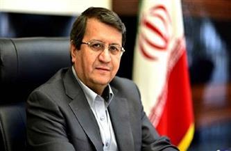 مرشح إيراني يدعو شباب الناخبين إلى الحفاظ على الوضع الراهن