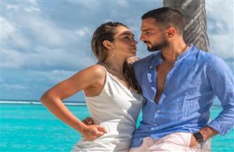 محمد الشرنوبي يحتفل بعيد زواجه من راندا رياض