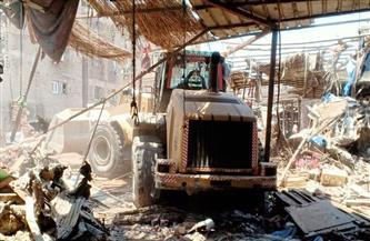 حي المطرية يزيل إشغالات سوق «الخميس» ويعيد الانضباط للشوارع