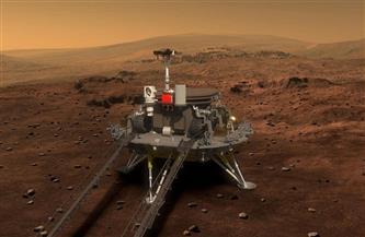 الصين تترك بصمتها وترفع علمها على سطح المريخ