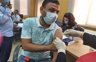 تطعيم 936 عضو هيئة تدريس وعاملا بلقاح كورونا بجامعة الفيوم |صور