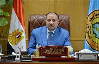 نائب رئيس جامعة الأزهر: نقل طالبتي أسيوط إلى المستشفى بعد تعرضهما لحادث