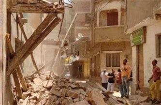 إزالة الأجزاء داهمة الخطورة من عقارين غرب الإسكندرية | صور