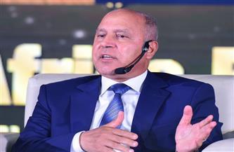 وزير النقل: تطويرطريق الصعيد الصحراوي الغربي بطول 1155 كم من القاهره حتى أرقين بتكلفة 26 مليار جنيه