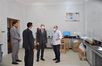 نائب محافظ كفر الشيخ يستعرض سبل التعاون مع رئيس الجامعة والاستفادة من مشروعات التخرج   صور