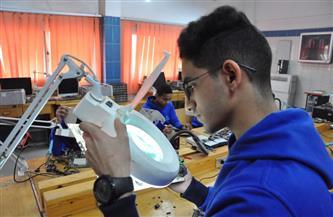 المدارس تكنولوجية والتخصصات عالمية والمناهج عصرية.. مصر تنافس الكبار بالتعليم الفني| صور