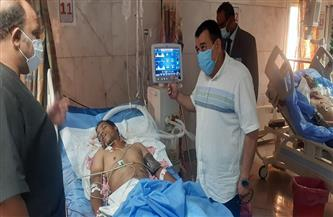 سكرتير مساعد محافظة أسوان يزور مصابي حادثي «الصحراوي الغربي» و«العلاقي»| صور