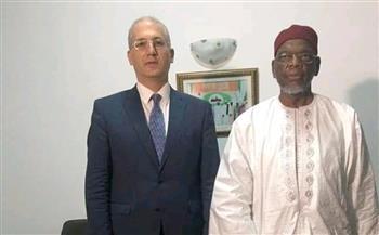 سفير مصر في أبيدجان يلتقي رئيس المجلس الأعلى للأئمة والمساجد والشئون الإسلامية
