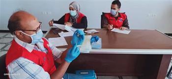 بدء إعطاء جرعة لقاح كورونا لموظفي الوحدة المحلية بمدينة رأس غارب  صور