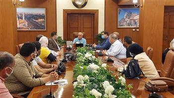 محافظ بورسعيد يتابع تطوير ورفع كفاءة منطقة «فاطمة الزهراء»