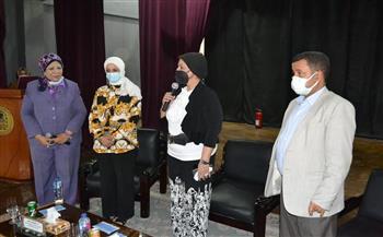 نائب رئيس جامعة أسيوط: ضرورة التطعيم بلقاح كورونا كحل وحيد لضمان سلامة الأفراد