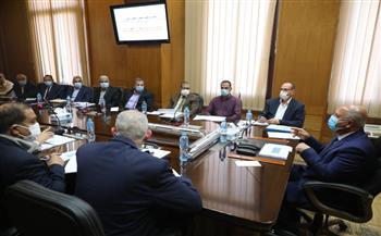 وزير النقل يعقد اجتماعا موسعا لمتابعة تنفيذ خطة تطوير العنصر البشري|صور