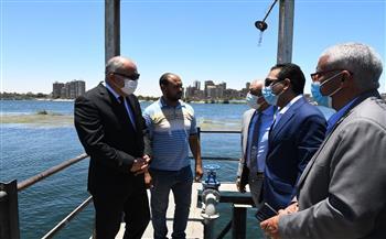 محافظ قنا يتفقد أعمال الإحلال والتجديد بمحطة مياه السلامية  صور