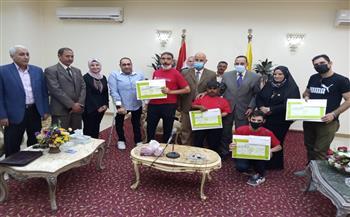 محافظ شمال سيناء يكرم ذوى الإعاقة الفائزين فى كأس مصر| صور