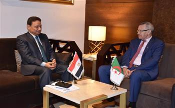 رئيس المجلس الأعلى لتنظيم الإعلام يلتقى وزير الاتصال والناطق باسم الحكومة الجزائرية
