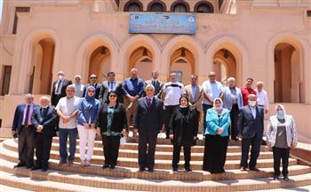 رئيس جامعة المنوفية يتفقد المركز الدولي لتنمية قدرات أعضاء هيئة التدريس |صور