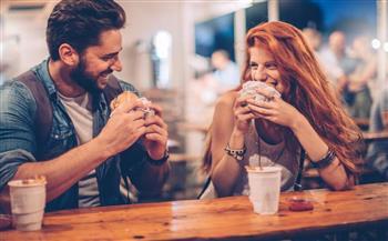 هالة العزب: ثقافة الاعتذار أساس استمرار العلاقة بين المحبِّين