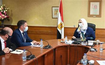 نيفين القباج تستقبل نائب المديرة التنفيذية بصندوق الأمم المتحدة للسكان  صور