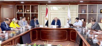 محافظ بني سويف يترأس اجتماعًا مع أعضاء مجلسي النواب والشيوخ |صور