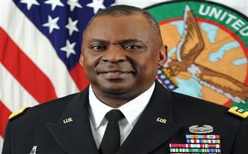 وزير الدفاع الأمريكي: لدينا القوة البحرية المهيمنة على وجه الأرض