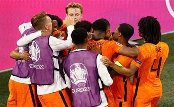 ديباي يقود هجوم هولندا أمام مقدونيا الشمالية في «يورو 2020»