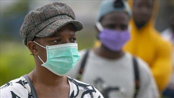 جنوب إفريقيا تسجل 11767 إصابة جديدة بكورونا و 100 وفاة خلال 24 ساعة