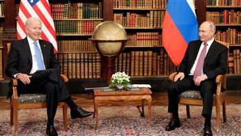 بايدن يهدي بوتين نوعه المفضل من نظارات الشمس.. تعرف على طرازها