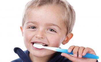 نصائح ذهبية لحماية أسنان طفلك.. تعرفى عليها الآن