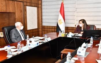القيسي: نسعى لتعميق التعاون مع مصر في السلع الإستراتيجية والبنية التحتية