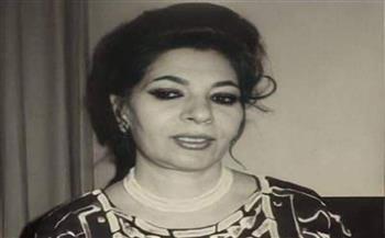 رحيل الشاعرة العراقية لميعة عباس