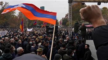 نحو 20 ألف معارض يتجمعون في يريفان قبل الانتخابات الأرمينية