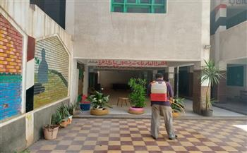 رش وتعقيم المعاهد قبل انطلاق امتحانات الثانوية الأزهرية في دسوق   صور