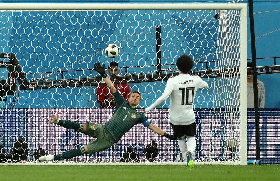في مثل هذا اليوم محمد صلاح يسجل هدف مصر في مونديال روسيا ويطوي صفحة مجدي عبدالغني