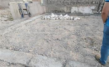 وقف أعمال بناء مخالف بالطريق الصحراوي غرب الإسكندرية|صور