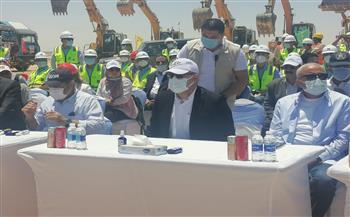 وزير الإسكان يشهد مراسم وضع حجر الأساس لأبراج داون تاون العلمين|صور