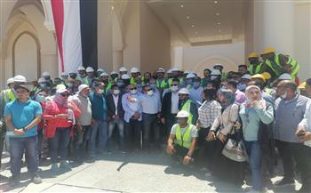 وزير الإسكان يتفقد مسجد المولي بالمدينة التراثية في العلمين الجديدة | صور