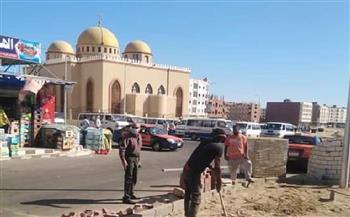 رئيس مدينة الغردقة يتفقد أعمال التطوير بمنطقة مبارك 11و 12 | صور