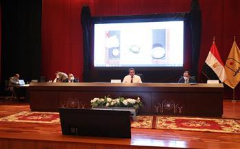 """""""عبدالغفار"""" يستعرض نتائج زيارته للبرتغال أمام المجلس الأعلى للجامعات"""