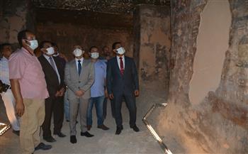 نائب محافظ سوهاج يتفقد مقابر الحواويش الأثرية  صور