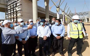وزير النقل: مشروع القطار الكهربائي شريان تنمية جديد للمجتمعات العمرانية الجديدة