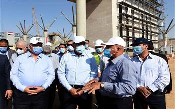 مدبولي يتفقد مشروع القطار الكهربائي الخفيف LRT «السلام - العاشر من رمضان»