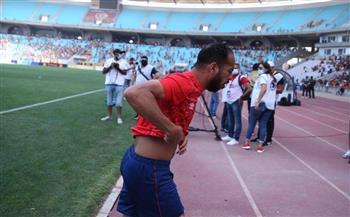 الأمن التونسي يسلم مراقب المباراة تعهدًا بتأمين لاعبي الأهلي
