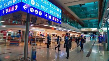 الإمارات: تعليق دخول القادمين من 3 دول وتعديل بروتوكولات مسافري 3 أخرى