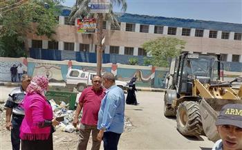 حملة نظافة وإشغالات بمحيط مقرات امتحانات الدبلومات بقويسنا  صور